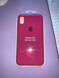 Funda apple morada iPhone XR. Sin abrir y sin estrenar. Madrid, 28041