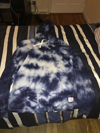 blue and white tie-dyed hoodie New York, 11372
