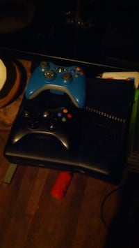 black Xbox 360 with two controllers Monroeville, 15146