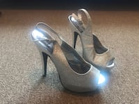 Sparkly silver heels size 5 Roseville, 95747