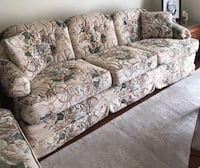 3 piece couch set Vancouver, V5W