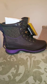 Ugg size 8 District Heights, 20747