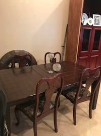brown wooden dining table set Lake Worth, 33463