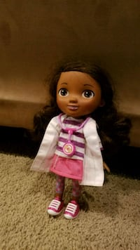Doc McStuffins talking doll and doctor kit Mullica Hill, 08062