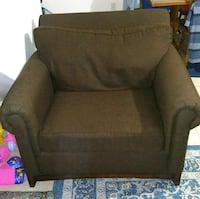 Large couch and chair Robstown, 78380