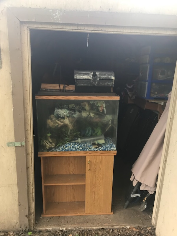 Fish tank with stand and shelves