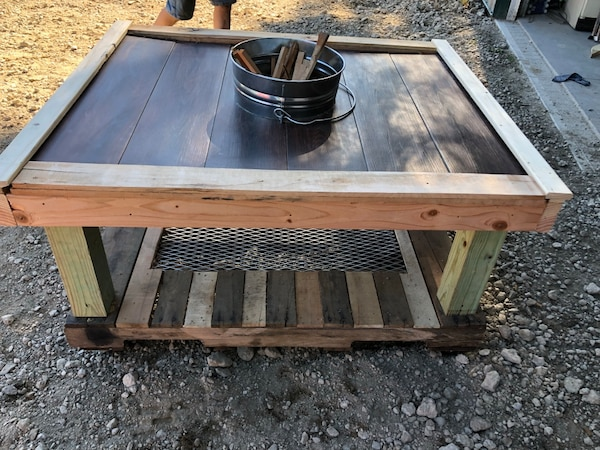 Pallet Fire Pit Grill Table
