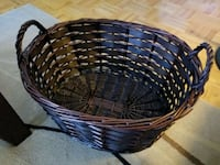 Beautiful wicker basket Toronto, M9R 2M7