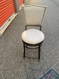 Set of 4 Classy stools for high top table or bar
