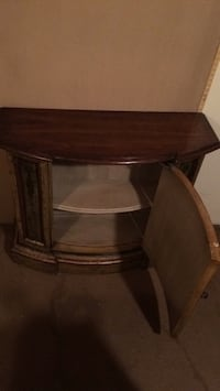 Brown wooden table  Augusta, 30906