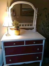 white and burgundywooden dresser with mirror 747 km