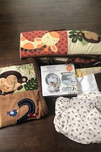 Crib sheets set and babe sounds  Sterling, 20164