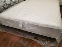 Sealy queen 150$. Box spring Available.Delivery 30 3150 km