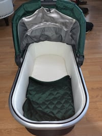 Uppababy stroller bassinet NEVER USED!