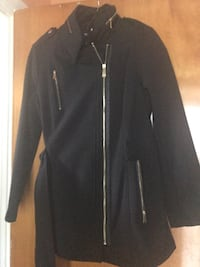 black zip-up jacket Muskegon Heights, 49444