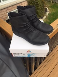 Clarks booties size 8 (originally 135.89) St Catharines