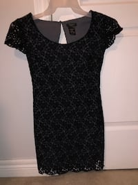 Black Lace tight fitted dress Georgetown, L7G 6A2
