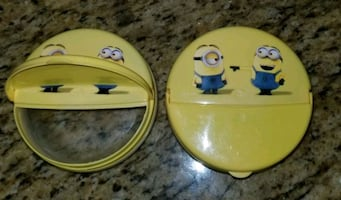 Minion snack containers