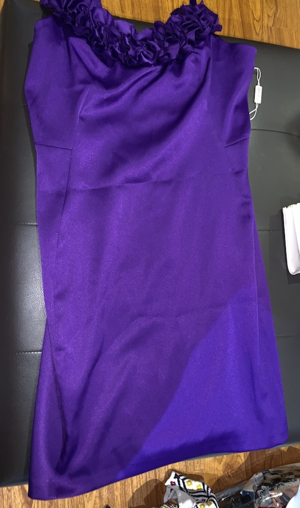 Purple dress size 14. f02a3f69-dfb2-4fe7-a544-62c3b5ca3199