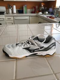Amazing volleyball shoes!! Gardnerville, 89410