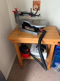 Craftsman scroll saw and accessories