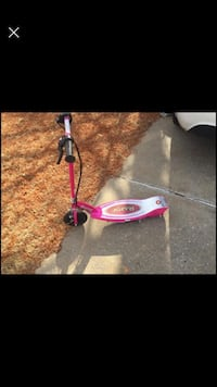 Black and pink razor kick scooter Norman, 73008