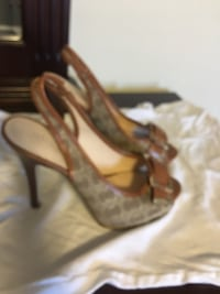 Guess size 7 excellent condition