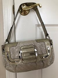 Guess purse  Dumfries, 22026