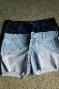 Old navy and A&E womens shorts size 16 Blue Rock, 43720