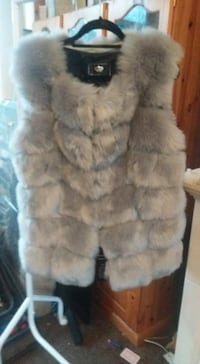 Brand New with tags - Faux fur gilet -size lg LONDON