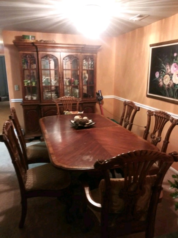 china cabinet with 6 ft table with 6 chair 2 Capta 8a3b8571-c3a8-48af-a1ef-48bcba49569c