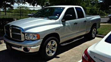 Truck Hauling/Pickup and Delivery Service