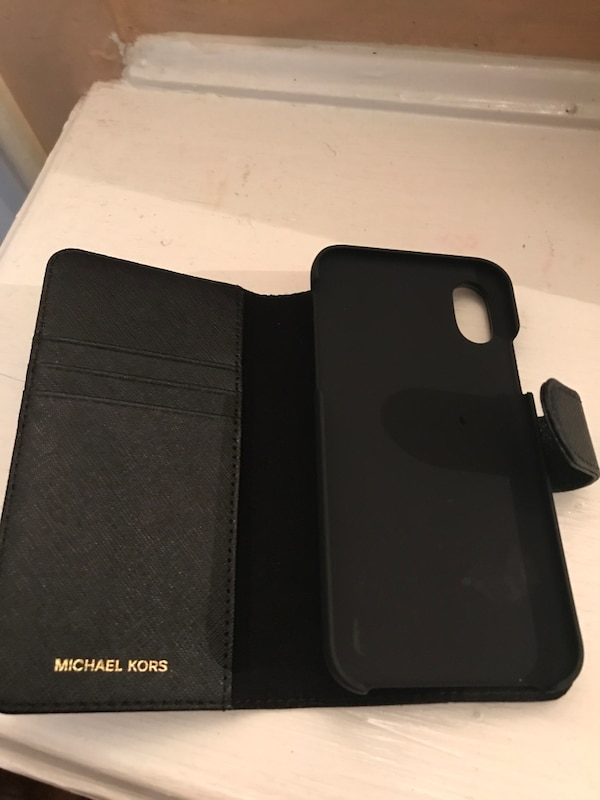 e9156c6b055127 Used Michael Kors IPhone X case/wallet for sale in North Baldwin - letgo