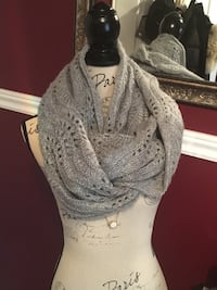 H&M one size infinity scarf