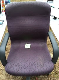 Purple and black steel frame rolling armchair