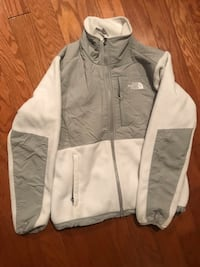 North Face jacket- women's size small 568 mi