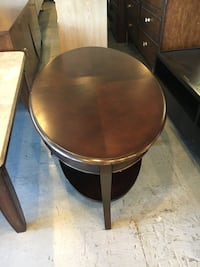 round brown wooden side table Las Vegas, 89121