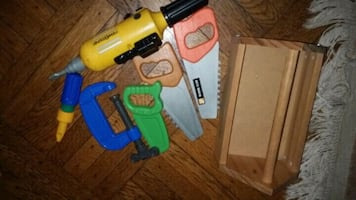 5 plastic tools and woiden tool box