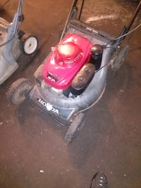 COMMERCIAL HONDA MOWER