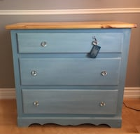 blue and white wooden 3-drawer chest Milton, L9T 4X7