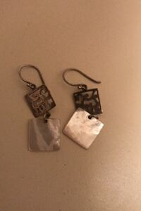 Sterling silver and shell dangle earrings pierced  Voorhees, 08043