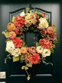 pink and yellow flower wreath 2246 mi