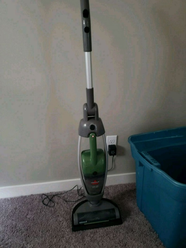 bisell lift off vacuum