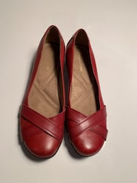 Naturalizer Red Shoes - size 8.5 Toronto, M9B 0A1