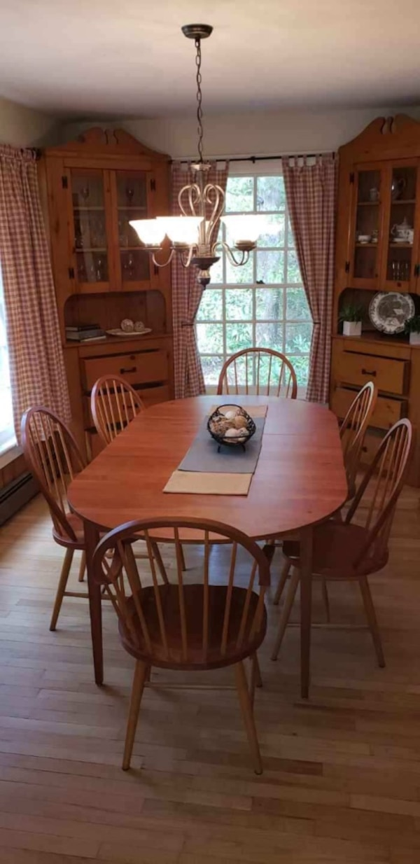 Harden solid cherry dining table & chairs