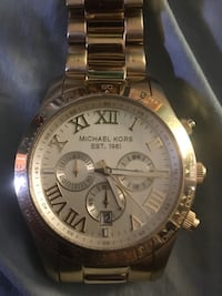 Round gold  michael kors chronograph watch with silver link bracelet Mc Lean, 22101