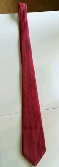 Tie in perfect condition (hot red) Stockholm, 127 41