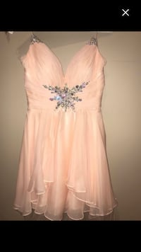 Grad dress Oshawa, L1G 1Z8