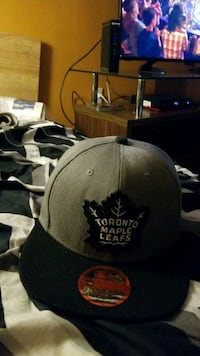 black and blue Toronto maple leafs fitted cap Kitchener, N2A 2P1