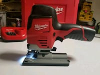 Milwaukee m12 jigsaw w/battery and charger